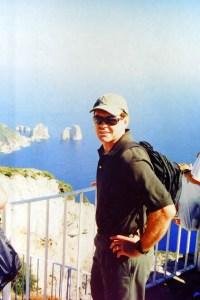 Intrepid Guy hiking the Amalfi Coast