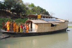 Shidhulai fleet boat